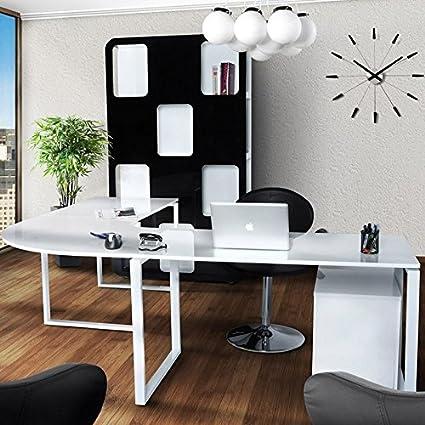 Bureau en bois laqué blanc
