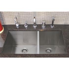 "33"" 15 Gauge Stainless Steel Zero Radius Undermount Kitchen Sink"
