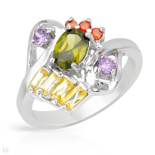 Ring With 3.80ctw Cubic zirconia Beautifully Designed in 925 Sterling silver. Total item weight 5.6g (Size 6.5)