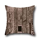 Oil Painting Thomas Annan (British - Close, No. 61 Saltmarket Pillow Covers 18 X 18 Inches / 45 By 45 Cm Best Choice For Relatives,bar Seat,pub,birthday,teens,outdoor With Two Sides