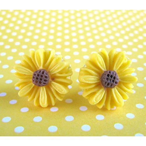 SODIAL (R) Carino stile vintage Fiore Carino piccola margherita Orecchini nuovo - giallo