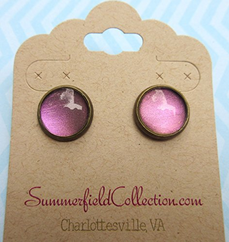 Antiqued Gold-Tone Metallic Deep Purple Color Shifting Glass Stud Earrings 1/2