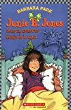 Junie B. Jones tiene un monstruo debajo de la cama: (Spanish language edition of Junie B. Jones Has a Monster Under the Bed) (Spanish Edition)