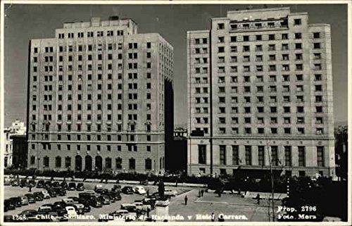 ministeria-de-hacienda-y-hotel-carrera-santiago-chile-original-vintage-postcard