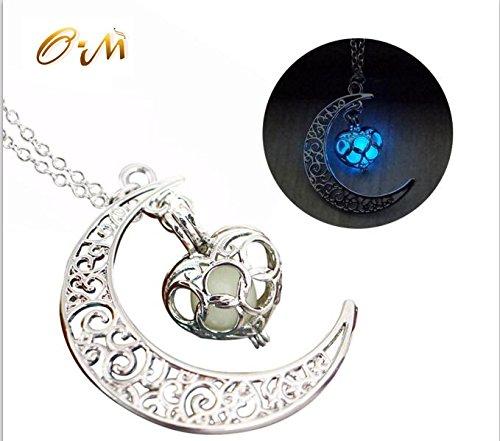 onairmall-luminous-series-moon-love-heart-pendant-necklace-fluorescent-necklace-glow-in-the-dark-blu
