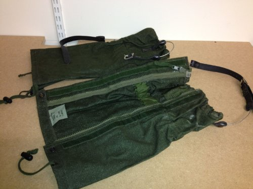 British Army Issue Goretex Gaiters.