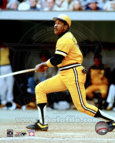 Willie Stargell Pittsburgh Pirates MLB Action Photo 8x10 #5
