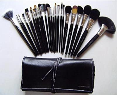 MAC 32 pc makeup brush set + FREE gift