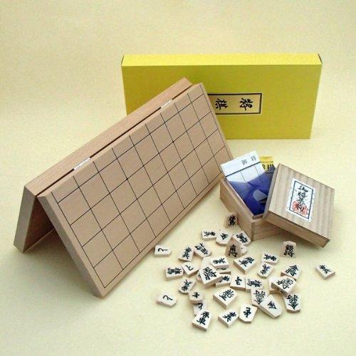 携帯に便利な将棋セット 新桂7号折将棋盤と正式書体白椿上彫駒