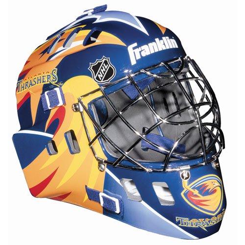 Youth goalie helmet