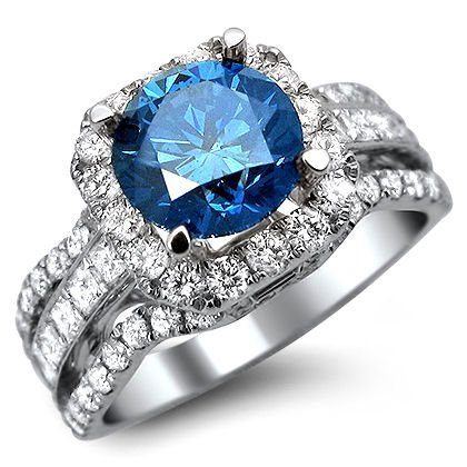 2.90Ct Blue Round Diamond Engagement Ring 18K White Gold With A 1.50Ct Center Diamond And 1.40Ct Of Surrounding Diamonds