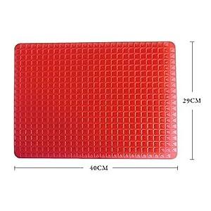 BOGZON Outdoor Silicone Heat-Resistant BBQ Mat/Baking Mat/Baking sheet - Multipurpose Bakeware/Ovenware/Pyramid Pan/Microwave ovenware, Red