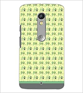 PrintDhaba Owl Pattern D-1653 Back Case Cover for MOTOROLA MOTO X PLAY (Multi-Coloured)