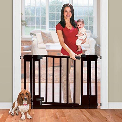 Summer Infant Multi Use Deluxe Wood Walk Thru Gate Dark