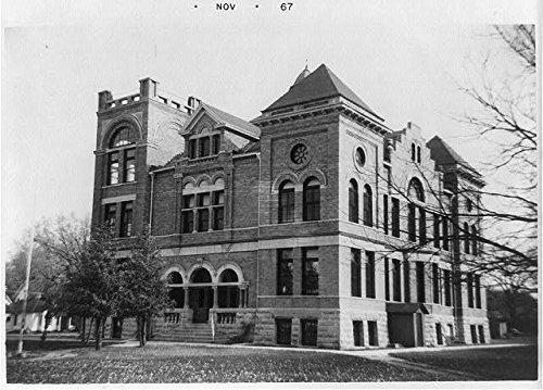 Hancock County Courthouse in Garner, Iowa