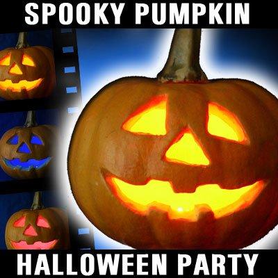 Halloween Kürbis mit LED Beleuchtung und Farbwechselspiel inklusive Batterien