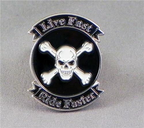 metal-email-badge-a-epingle-broche-pour-velo-moto-live-fast-ride-plus-rapide-crane-et-croix-os