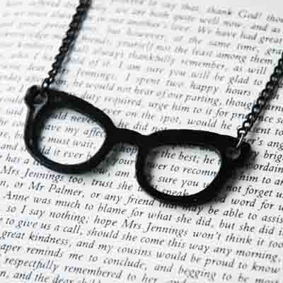 Black Frame Nerd Glasses Necklace - BONUS PACK with Pin Badge and Gift Wrap