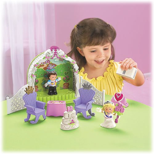 NIB Fisher Price Little PeopleTM Royal Garden Fairytale Wedding Set