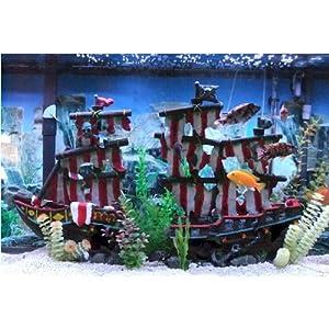 Penn Plax Large Striped Sail Shipwreck Fish Tank Ornament Decoration Aquarium