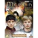"Merlin Volume 1 [3 DVDs] [UK Import]von ""John Hurt"""