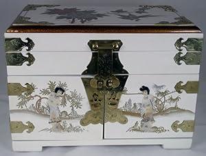 Elegant Oriental White Lacquered Jewelry Box