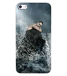 ColourCraft Girl in Rain Design Back Case Cover for APPLE IPHONE 4S