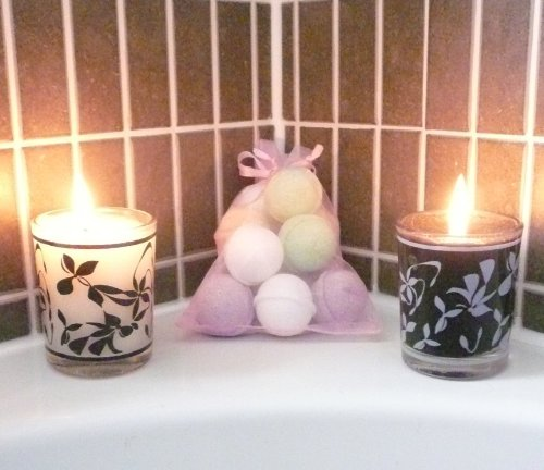 Luscious Bath Bomb Chill Pills / Mini Marble Bath Bombs