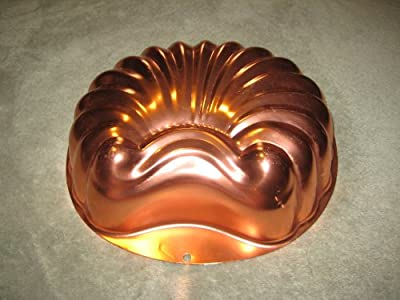 Vintage Wear-Ever 6 Cup SHELL Coppertone Copper Tone Jell-O Mold / Cake Baking Pan
