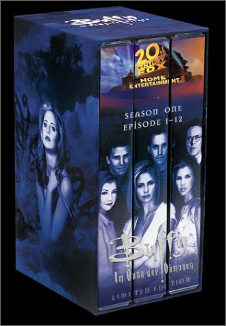 Buffy - Im Bann der Dämonen: Season 1, Eps. 1-12 (Limited Edition) [VHS]