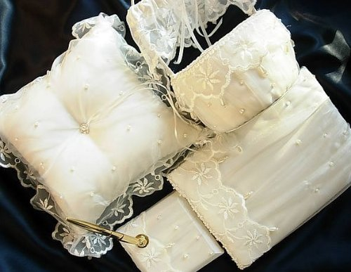 5 Pc Ivory Lace Wedding Ceremony Accessories Set