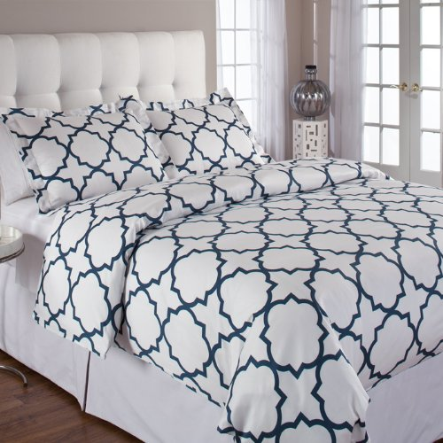 Echelon Quatrefoil Full/Queen Duvet Cover Set,