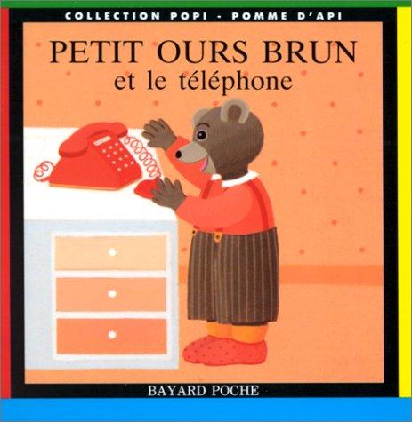 Petit ours brun et le téléphone