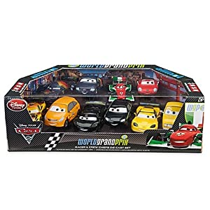 disney cars cars 2 1 43 multi packs world grand prix racer crew chiefs exclusive 1. Black Bedroom Furniture Sets. Home Design Ideas