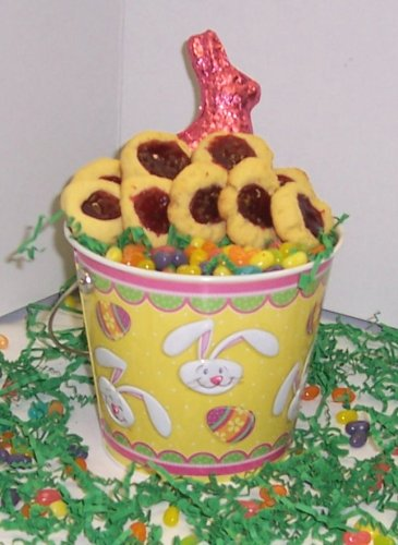 Scott'S Cakes 2 Lb. Raspberry Butter Cookies In A Yellow Bunny Pail With Jelly Beans And Milk Chocolate Bunny