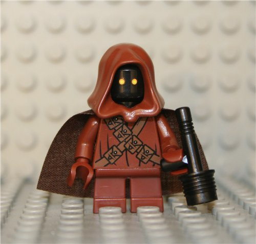 LEGO Star Wars Jawa minifig with custom cape.