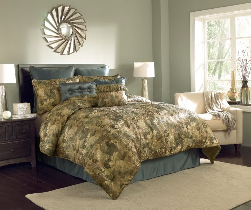 Chapel Hill By Croscill Hastings Comforter Set, Queen, Mineral
