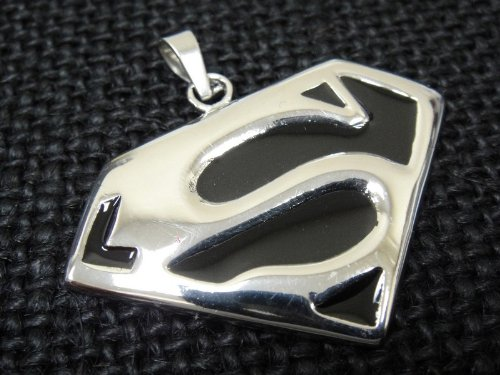 The Biker Metal 316L Stainless Steel Superman Pendant w FREE Chain for Motorcycle Biker TP-18 By Priority Mail