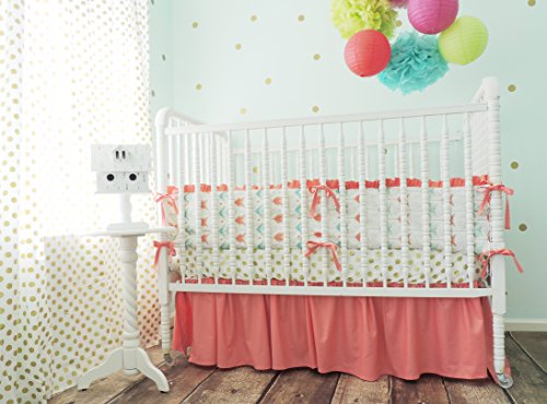 Tushies and Tantrums Boutique Crib Set, Arrow Theme