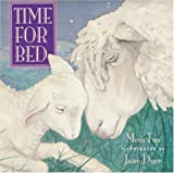 Time for Bed: Lap-Sized Board Book (0152053492) by Fox, Mem