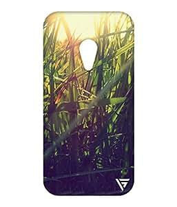 Vogueshell Grass Printed Symmetry PRO Series Hard Back Case for Motorola Moto G2