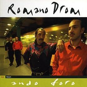 Amazon.com: Romano Drom, Ando Foro, Hungaria: Romano Drom: MP3
