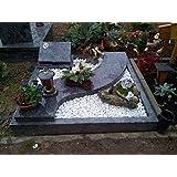 urnengrabstein mit grabeinfassung grabstein granit grabumrandung baumarkt. Black Bedroom Furniture Sets. Home Design Ideas