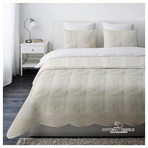 Trapuntino Copriletto Matrimoniale Boutis Classic Colore Bianco,Design Sweet Heart - misura 250 X 250 cm - 2 piazze