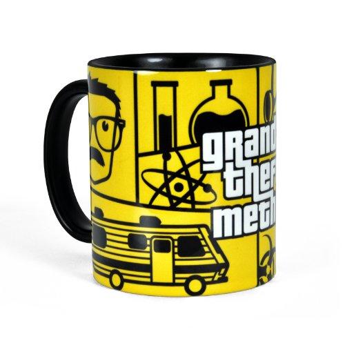 Breaking Bad - Tazza Grand Theft Meth della serie TV con Heisenberg e Mr. White - Giallo