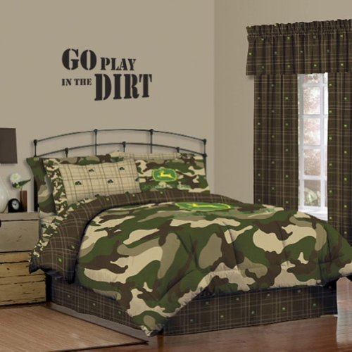 John Deere Camo Comforter And Wall Decal 2 Piece Set, Queen