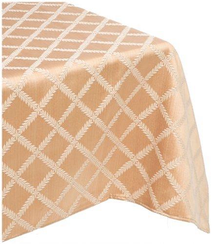 Lenox Laurel Leaf 70-By-144-Inch Oblong / Rectangle Tablecloth Gold front-651533