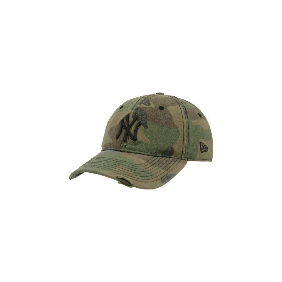 6edfc7043 New Era New York Yankees Camo Fox Hole IV Adjustable Hat on PopScreen