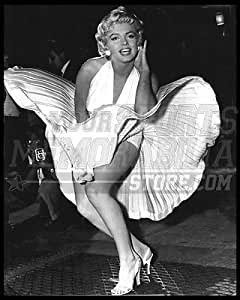 Amazon.com: Marilyn Monroe famous dress pose black and ...