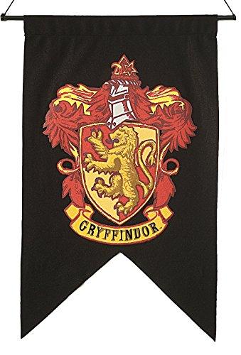 harry-potter-rare-gryffindor-banner-flag